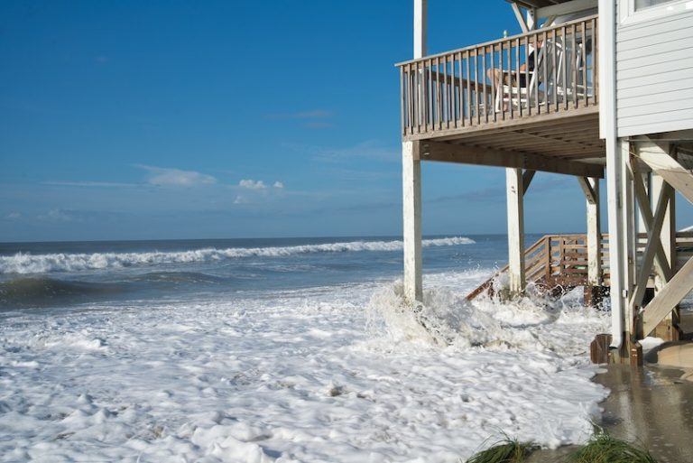 Economics of Buying a Beach House: Is it a Good Investment?